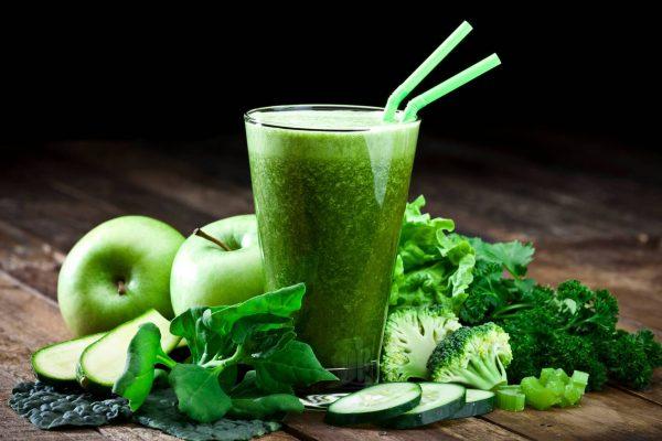 epinard-ail-brocoli-amande-pomme-decouvrez-les-bienfaits-de-ces-cinq-aliments-201-1479122693